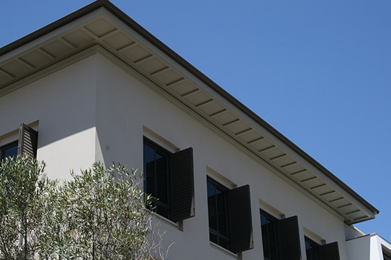 External Ceiling in the form of eaves closure Monte Circle